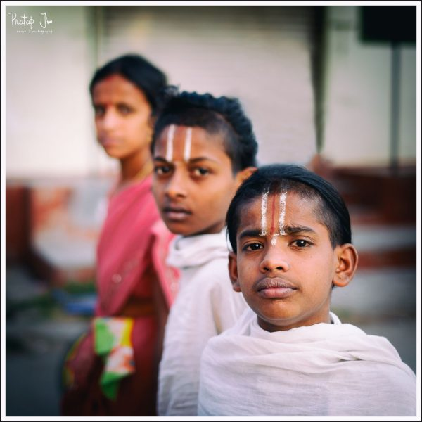 Iyengar students who stay in Melkote to learn the Vedas